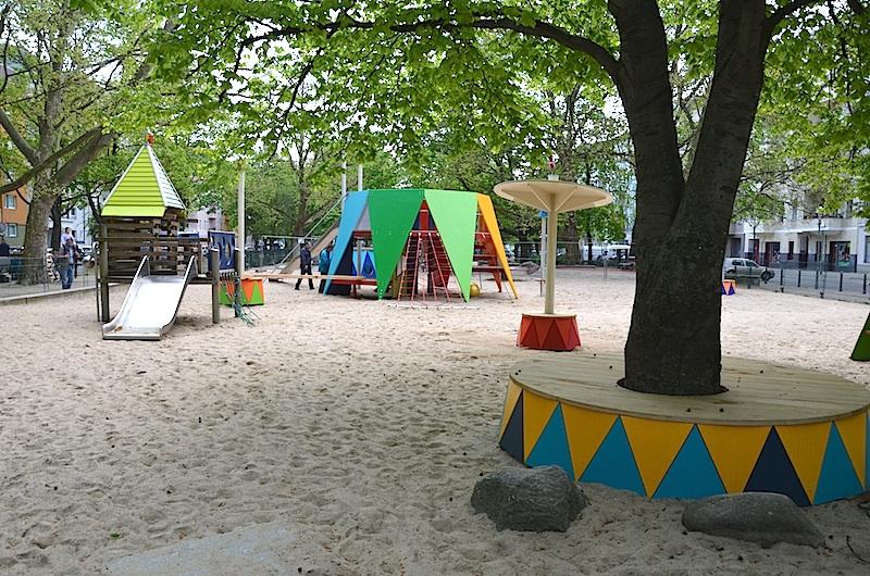 zirkus sparrplatz berlin wedding 03 gisbert baarmann. Black Bedroom Furniture Sets. Home Design Ideas